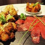 Tempura de chou romanesko, patate douce infusée à l'anis, sashimi de thon sauce soja érable wasabi et sésame