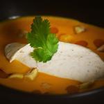 velouté de potimarron, marron et crème de champignon