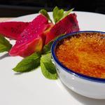 Crème brûlée et fruit du dragon
