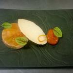 Foie gras, abricot, amande