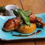 Poulet sauce aigre-douce, purée de patates douces au yuzu