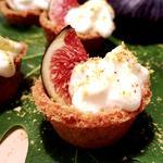 Mini tartelette aux figues et mousse de yaourt à la grecque