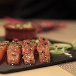 Gravlax de saumon aux 3 poivres
