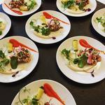 Salade de poulpe tendre, herbes fraîches, confit de poivrons, crème de céleri rave, pousses de petits pois