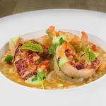 Risotto de crustacés, sauce homardine, espuma de ciboulette