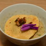 Velouté de champignons, raviole maison aux cèpes et formaggi