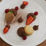 Mousse chocolat, sablé Earl grey & fruits rouges