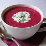 Soupe 'borscht' froide à la betterave