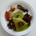Tronçon de turbot cuit à basse température, légumes de la saison, sauce verte