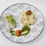 Filet de lieux jaune sauce aux herbes, risotto champignons et topinambour