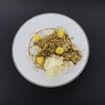 On ne va pas se presser : Sablé citron thym, granité au citron, gelée à la bergamote, crème au citron, suprême de citron vert.