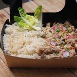 Plat terroir : poulet façon chasseur accompagné de riz basmati