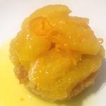 Pain de Gênes, salade d'oranges de Sicile et leur jus