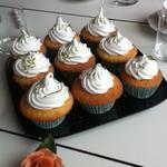 Cupcakes lemon curd meringués