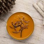 Velouté Butternut, carottes, coco, curry et oignons dorés croustillants