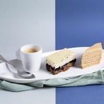 Vatrouchka (gâteau de fromage blanc) et Medovick (mille-feuille au miel)