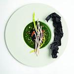 Velouté de cresson, huitres sauvages, banh cuon croustillant et champignons de Paris