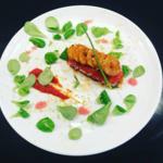 Millefeuille de tomate aux crevettes marinées