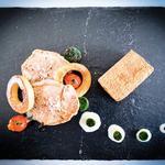 Médaillon de veaux crème café, pomme de rainette grise, bille de légumes rôtis et son cromesquis