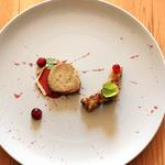 Foie gras mi-cuit - érable - canneberges - pain perdu